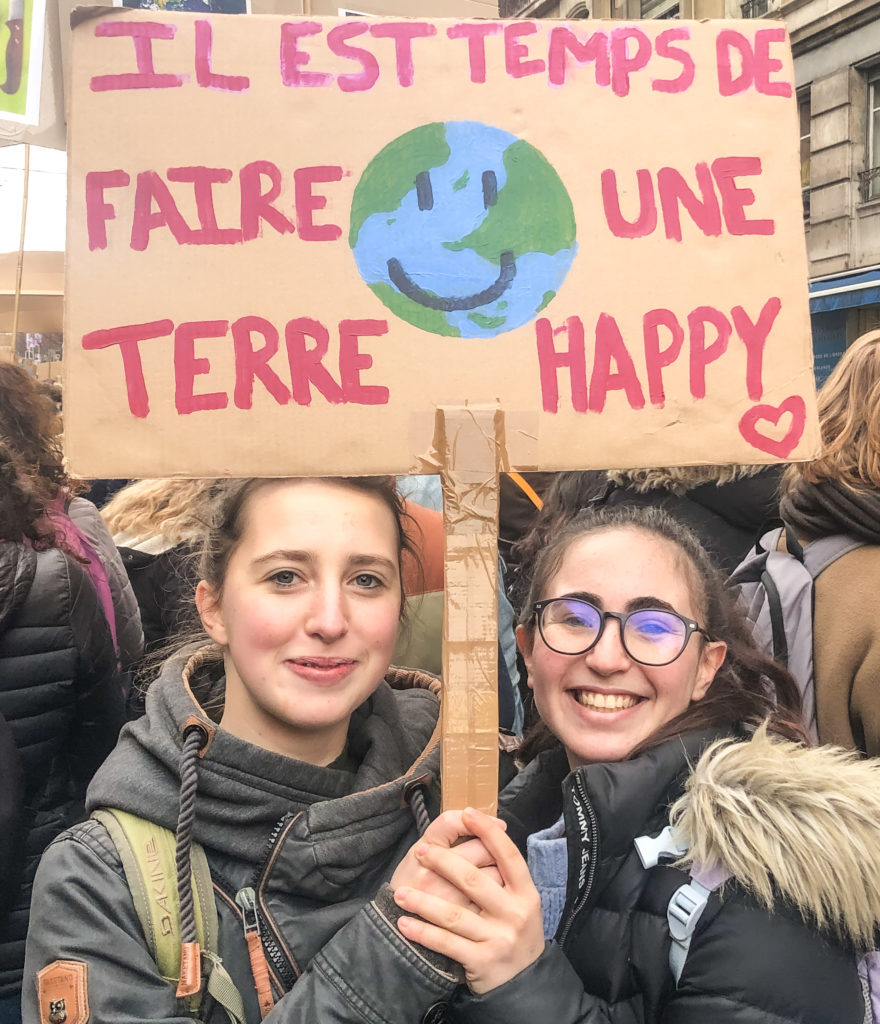 """ Une Terre Happy"""