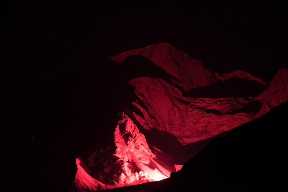 Tests d'illumination en novembre 2013, dans le cadre du projet 13 étoiles au sommet