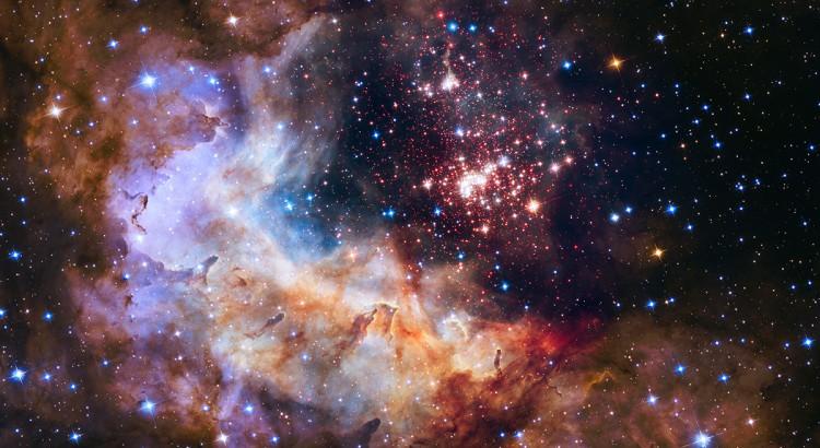 Image choisie pour les 25 ans du lancement du Télescope Spatial Hubble le 24 avril 1990. Crédit: NASA (Hubble) :  Amas d'étoiles « Westerlund 2 » de la nébuleuse « Gum 29 », dans la constellation de la Carène (à 20.000 années lumières de notre système solaire).