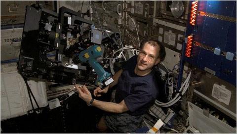 Blog_64_Nasa_Don_Pettit_ISS_expedition_6_2003