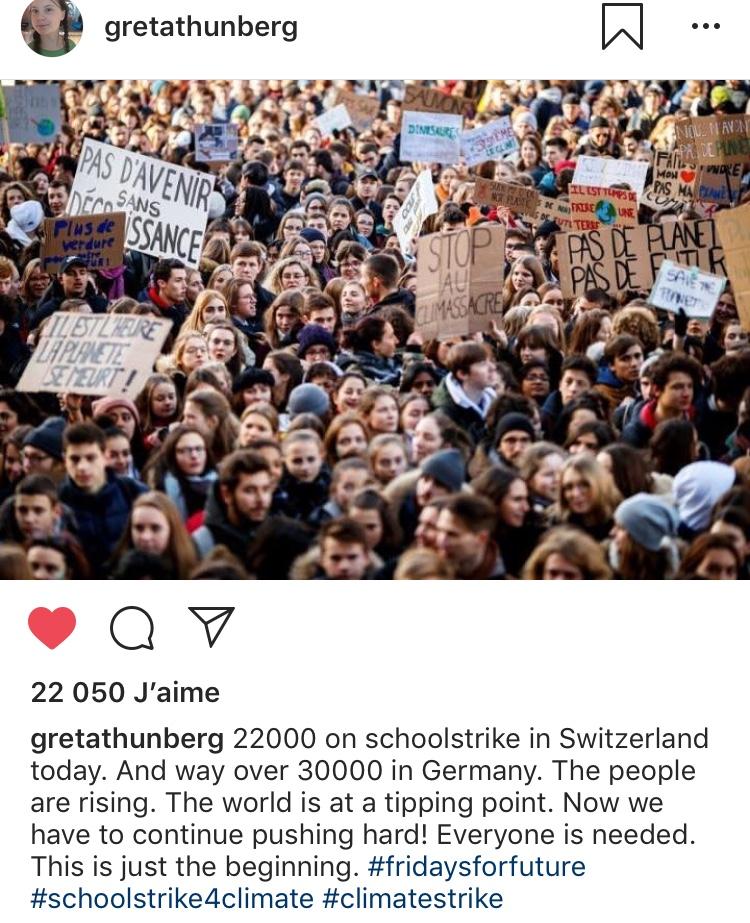 Greta Thunberg félicite les jeunes Suisses pour leur mobilisation.