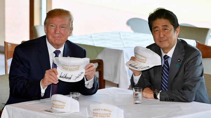 La recette Abe pour traiter avec Donald Trump (une fiction réaliste)