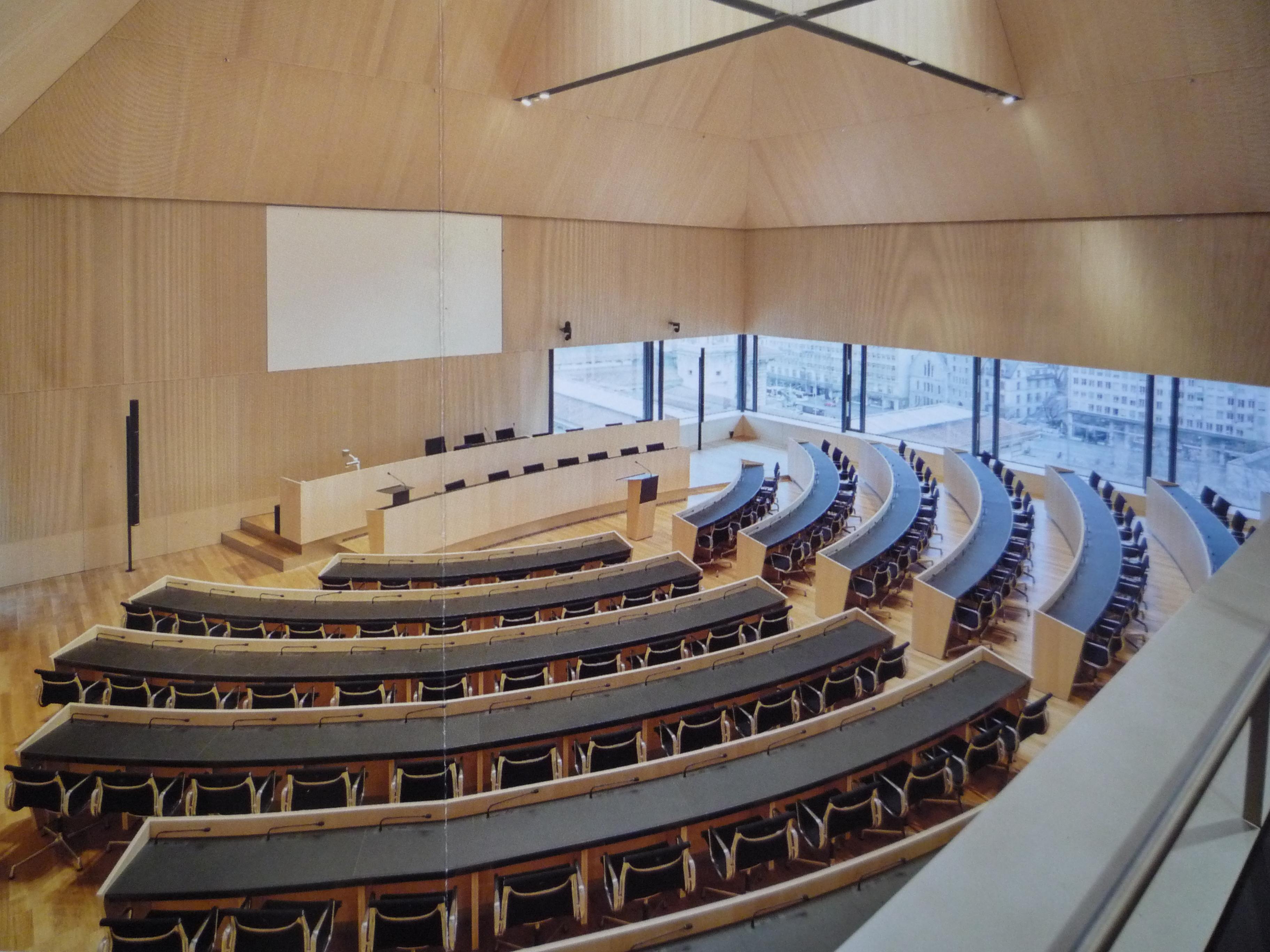 Egalité salariale : le canton de Vaud souhaite intervenir à Berne