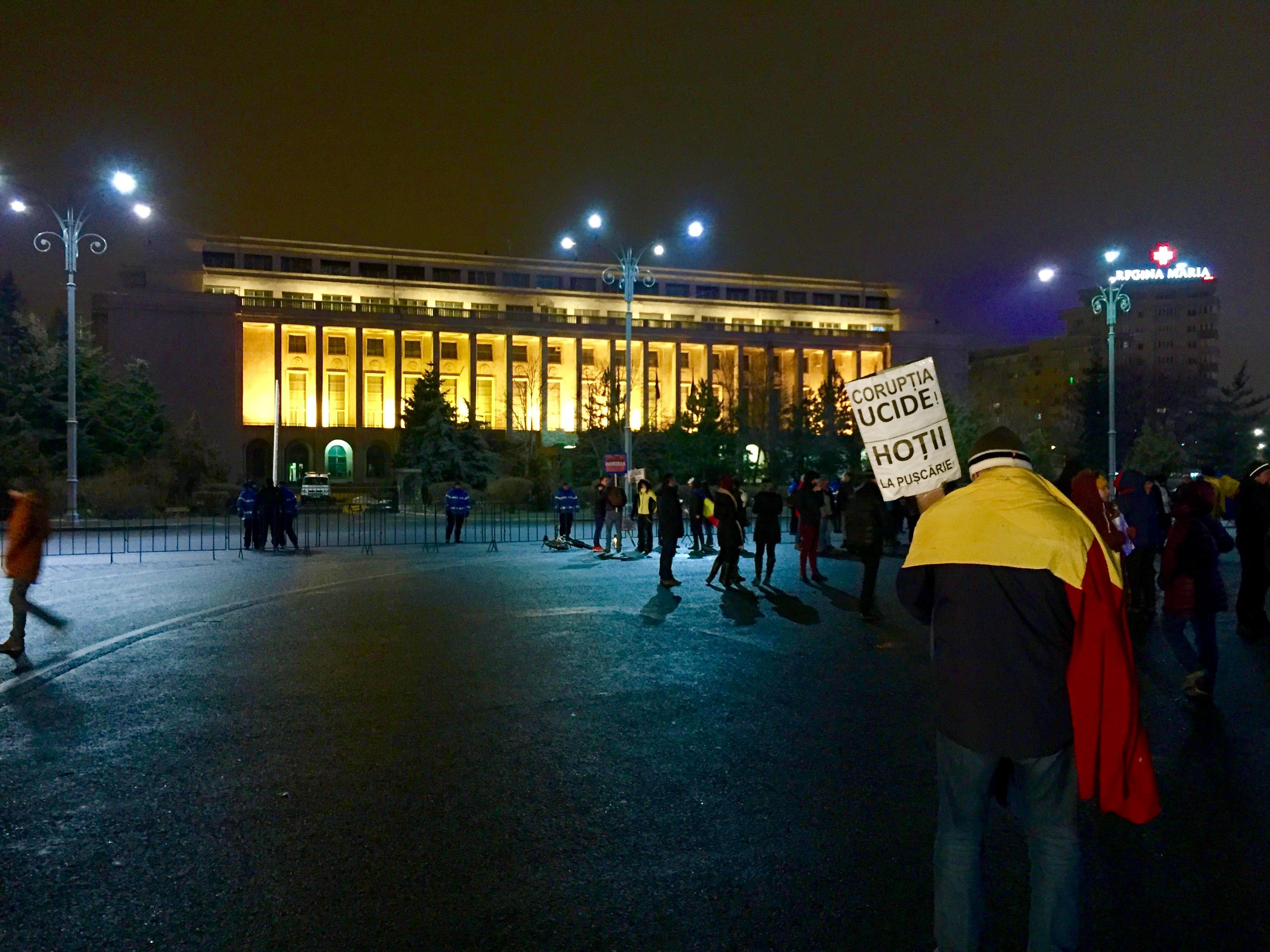 Corruption à tous les niveaux : le ras-le-bol des Roumains