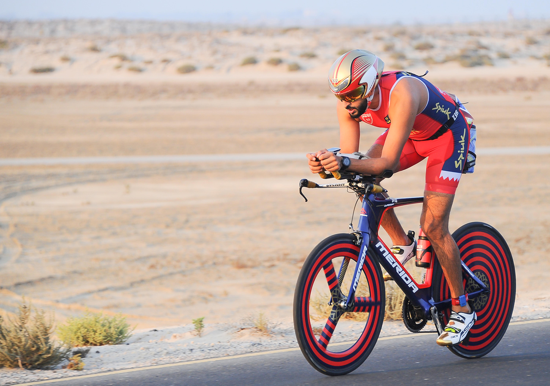 Prince et champion de triathlon : rencontre avec le cheikh de Bahreïn